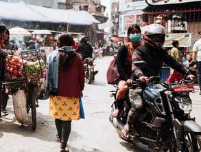 nepal_streets_market_girl_walking