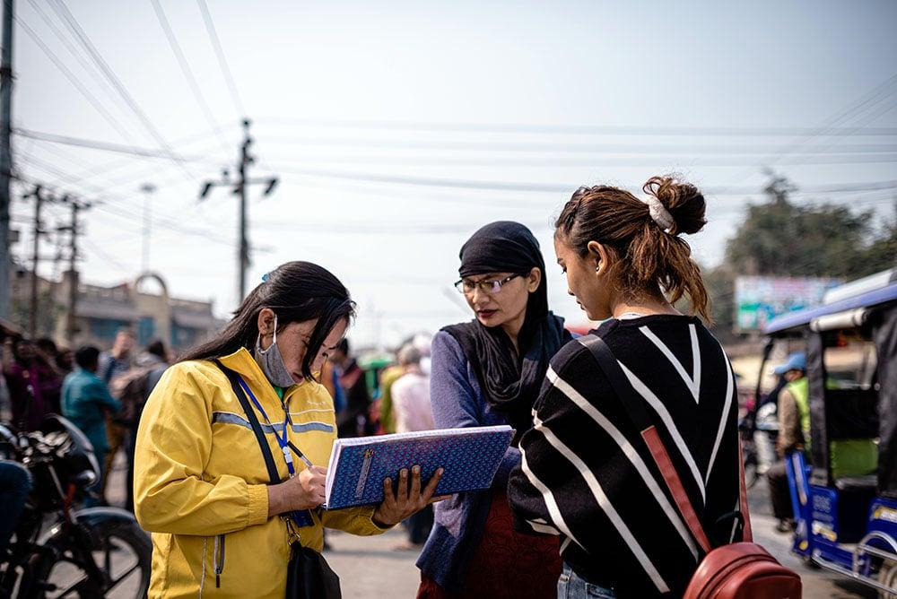 nepal_interception_young_girl_stop_human_trafficking