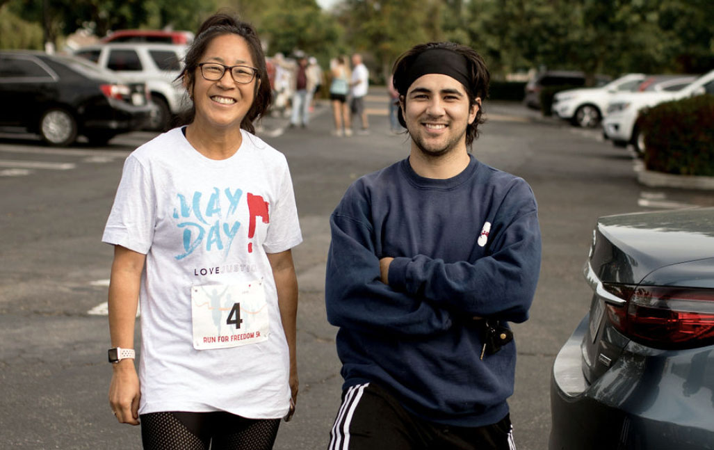 run_for_freedom_stop_human_trafficking_couple_smiling_2