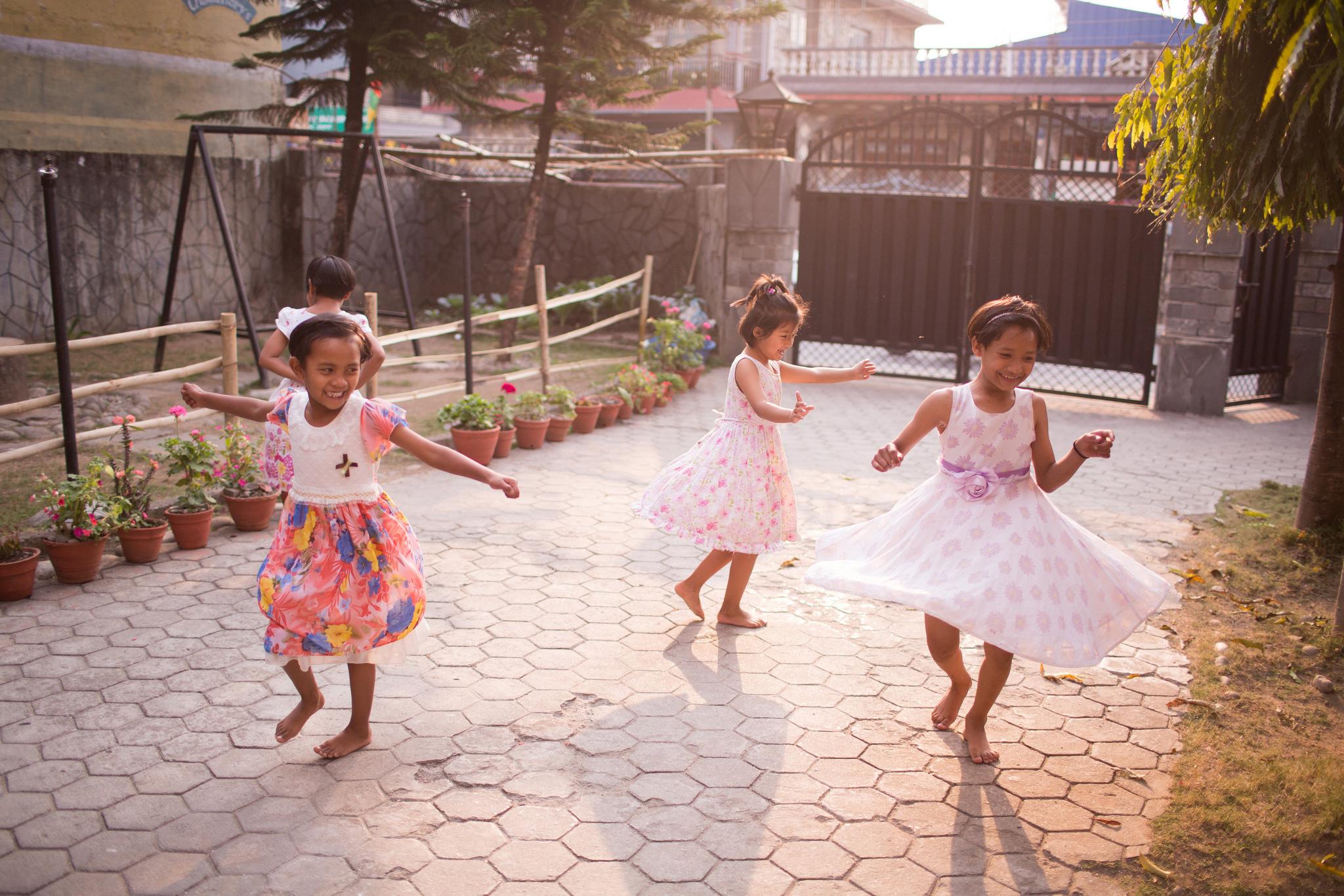 orphans_orphaned_abandoned_children_care_gospel