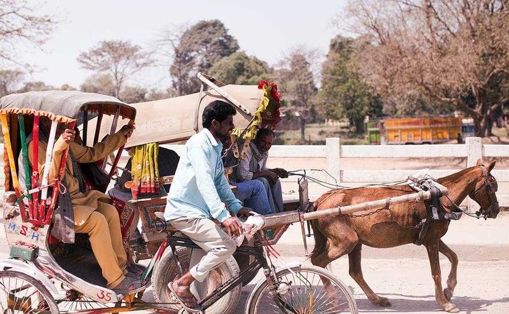 stop_human_trafficking_love_justice_international_rickshaw_border